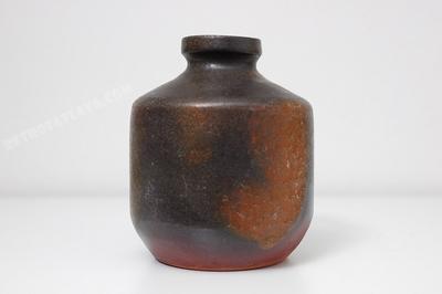 Elke Kubicek vase